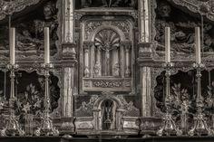 A luminous photo of a tabernacle in a Catholic Church in Austria.