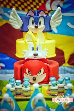Hoje tem Festa Sonic aqui no blog!!Venha se inspirar nesta fofura de decoração.Imagens Pêpo&Lú.Lindas ideias e muita inspiração.Bjs, Fabíola Teles.Mais ideias lindas: Pêpo & L...