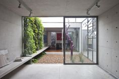 I have always dreamt of a house with a courtyard! Forget those conventional backyards