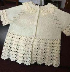 Baby cardigan :: knitting and crochet Knitting For Kids, Baby Knitting Patterns, Baby Patterns, Baby Pullover, Baby Cardigan, Hand Crochet, Crochet Lace, Diy Crafts Crochet, Baby Vest