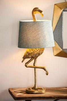 "Bay Isle Home Fairlee Flamingo ""Bordslampa och recensioner Interior Decorating, Interior Design, Luminaire Design, Unique Lamps, Creative Lamps, Unique Lighting, Bedroom Lamps, Lamp Sets, Wine Bottle Crafts"