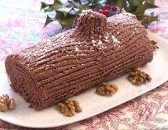 Pas le temps de vous lancer dans une bûche compliquée? En 15mn vous obtiendrez une délicieuse bûche aux marrons et chocolat ! Une vraie recette express
