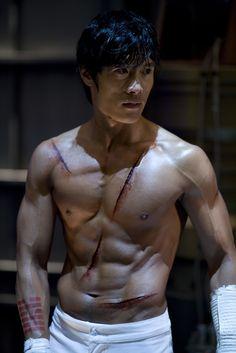 storm shadow lee byung-hun  gi joe http://hkfilm.net/multi/gijoe/pic3.jpg