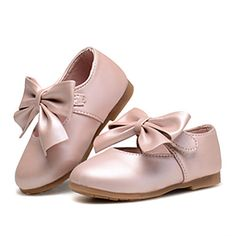 Girls' Shoes Wedding / Outdoor / Party & Evening / Dress / Casual Comfort / Styles/ Closed Toe Flats Pink / Gold 4867917 2016 – $13.49
