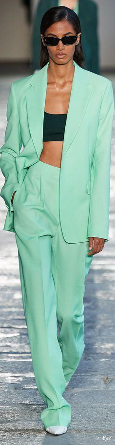 Fashion Brand, High Fashion, Fashion Show, Womens Fashion, Spring Summer Fashion, Spring Outfits, Hugo Boss Suit, German Fashion, Suits For Women
