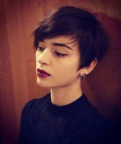 Short hair, Brunette pixie