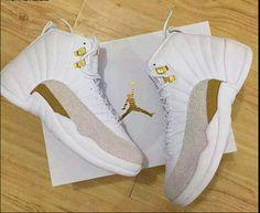 NIKE AIR JORDAN 12 RETRO OVO DRAKE WHITE GOLD 456985 $400