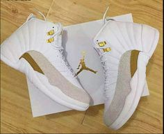59e315a22b4c NIKE AIR JORDAN 12 RETRO OVO DRAKE WHITE GOLD 456985  400 Nike Jordan Shoes