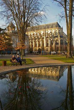 Bourges - le jardin de l'archeveché