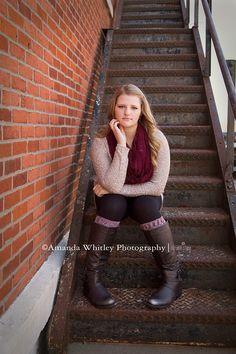Senior girl poses. Amanda Whitley Photography