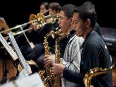 A Fundação Maria Luisa e Oscar Americano recebe no sábado, 9, dois novos grupos infantis e juvenis do Projeto Guri, formados em 2013: o Regional de Choro Infanto-Juvenil e a Big Band Infanto-Juvenil do Guri.