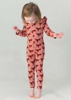 mora soft gallery via little scandinavian   http://littlescandinavian.com/2013/12/03/dressed-for-the-holiday-and-the-festive-season-by-mora-store/
