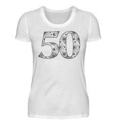 >>> zum EDDArts shop <<<Coole Message Ideen & Trend Designsby EDDA Fröhlich / EDDArtEin ganz besonderes Geschenk ist dieses Ausmal-Design zum 50. Geburtstag. Pack gleich noch ein paar Stoffmalfarbstifte (hier erhältlich) dazu und das Geburtstagskind hat eine Menge Spass an seinem neuen Geburtstags-T-Shirt. Oder male es schon für das Geburtstagskind aus und verziere es noch mit Strasssteinchen, Perlen und Bändern. Das macht es für Männer und Frauen, Freunde und Famil...