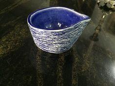 Brincando com textura - Molheira em porcelana