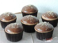 Perníkové muffinky plnené džemom   NajRecept.sk Cupcake Recipes, Cupcake Cakes, Dessert Recipes, Sweet Desserts, Sweet Recipes, Sweets Cake, 20 Min, Christmas Baking, Amazing Cakes