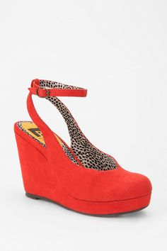 73a460c9157b Urban Outfitters - Seychelles Slingback Wedge Platform Wedges Online