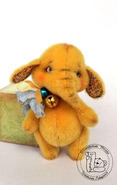 PDF Pattern - New! - Mini elephant Yellow - Artist Teddy Bear by TashkasBears on Etsy https://www.etsy.com/listing/261214997/pdf-pattern-new-mini-elephant-yellow