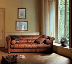 BAXTER Alfred / Antique Roma Designer: MARCO MILISICH