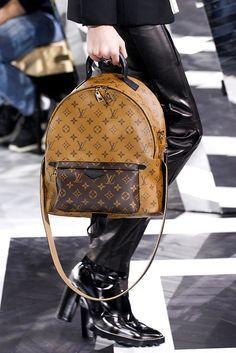 Louis Vuitton - Detalles | Galería de fotos 75 de 116 | VOGUE