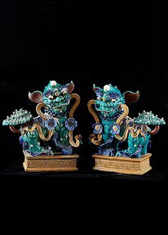 Stunning Pair of Chinese Qing Dynastry Polychromed Buddhist Lion Dogs