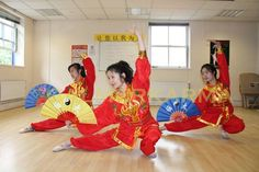 CHINESE ENTERTAINMENT TO HIRE -CHINESE FAN DANCERS TROUPE - MANCHESTER Chinese New Year Party, New Years Party, Golden Week, Chinese Dance, New Year Celebration, Belly Dancers, Party Entertainment, Dungeons And Dragons, Corporate Events