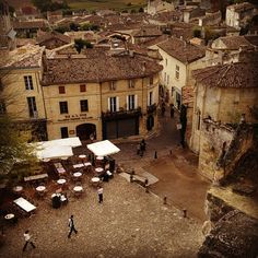 St. Emilion, France: Great vino and beautiful vineyard...but then again I was in wine country, every vineyard is beautiful!