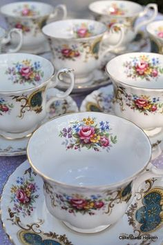 Lovely tea cups!!!!!!!