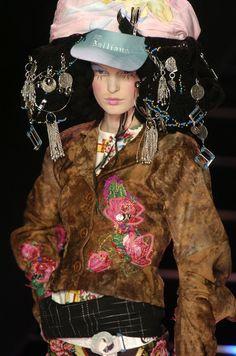 John Galliano, Autumn/Winter 2004, Ready-to-Wear