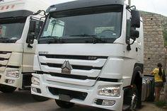 HOWO 6x4 EURO II 371Hp tractor truck. Buy 10 wheeler HOWO truck from China supplier.