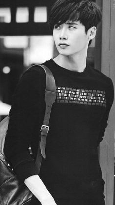 r Lee Jong-suk Lee Jong Suk Cute, Lee Jung Suk, Korean Star, Korean Men, Lee Min Ho, Asian Actors, Korean Actors, Lee Jong Suk Wallpaper, Kang Chul