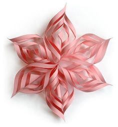 DIY Snowflake Ideas: How to make snowflake Christmas decorations