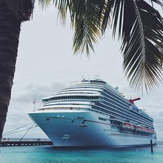 On the way back from an incredible experience on the Carnival Breeze.  By far some of largest most high energy crowds I've ever performed for onboard ships.  @mariaciaramary made this an unforgettable trip!