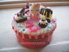 Sweet Deco Lovely Hello Kitty Tin Box