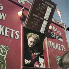 Robert Capa — le cirque familial Rambaugh, Indiana, États-unis, 1949 International Center of Photography, New York © Robert Capa