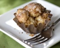 Monkey Bread Mini Muffins - maybe I could freeze some so I don't overindulge?