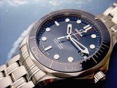Omega Seamaster Ceramic Bezel Omega Seamaster James Bond, Omega Watches Seamaster, Cool Watches, Rolex Watches, Moon Watch, Seamaster Aqua Terra, Omega Seamaster Professional, Luxury Watches For Men, Beautiful Watches