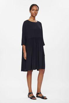 Oversized gathered dress
