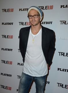 Chad Michael Murray, glasses (My heart stopped when I saw this picture. OH MY GAWWDDDD)