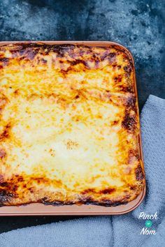Lasagne | Slimming World & Weight Watchers Friendly - Pinch Of Nom Slimming World Lasagne, Slimming Workd, Pinch Of Nom, Slimming World Recipes, Calorie Counting, Free Food, Nom Nom, Diet, Ethnic Recipes