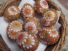 Egg Crafts, Easter Crafts, Lace Painting, Egg Art, Egg Decorating, Easter Eggs, Carving, Holiday, Desserts