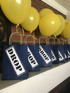 Fortnite Birthday Birthday Party Decorations Diy, 9th Birthday Parties, Birthday Crafts, 10th Birthday, Diy Party Bags, Party Ideas, Barney Party, Paintball Party, Video Game Party
