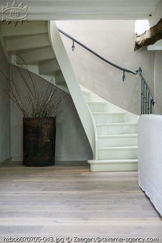My Home - Interiors - Garden Interior Garden, Home Interior Design, House Stairs, Stairway To Heaven, Stairways, Life Is Beautiful, Home Remodeling, Architecture Design, Minimalism