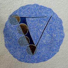 Lettrine V - Benoit Furet                                                                                                                                                                                 Plus