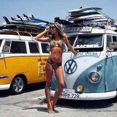 Welcome to Volkswagen UK. Discover all the information about our new, used & electric cars, offers on our models & financing options for a new Volkswagen today. Volkswagen Transporter, Beetles Volkswagen, Vw T1, Vw Caravan, Vw Camper, Trucks And Girls, Car Girls, Kombi Hippie, Vans Vw