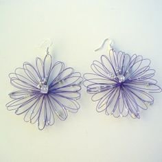 Orecchini bigiotteria fiore viola Lavorati a mano by mariceltibijoux.com   Violet earrings Handmade by mariceltibijoux.com