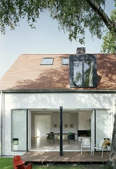 Flat Roof Dormer Window Design Ideas, Pictures, Remodel and Decor Dormer Windows, Windows And Doors, Bungalow Extensions, Porch Roof, Building A New Home, Flat Roof, Loft Spaces, Window Design, Architect Design