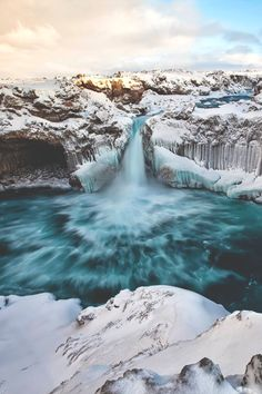 Aldeyjarfoss Winter! Iceland Places To Visit, Iceland Viking, Landscape Photography, Nature Photography, Natural Wonders, Oh The Places You'll Go, Nature Pictures, Mother Earth, Around The Worlds