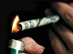 The cost of cigarettes is so high that smoking is like throwing money away Stop Smoking Aids, Ways To Stop Smoking, Quit Smoking Tips, Anti Smoking, Smoking Weed, Smoking Kills, Quit Smoking Motivation, Smoking Addiction, Smoking Effects