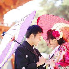 あの…こちらにも目線お願いします…(*´Д`*)#京都 #和婚 #前撮り #和装 #プレ花嫁 #色打掛 #ヘアメイク #髪飾り #和装小物 #今宮神社 #花嫁和婚