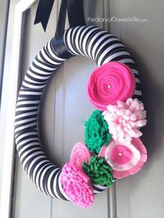 Preppy Spring Wreath #Wreath #Spring